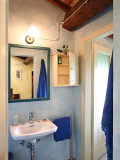 apt onice - bagno con doccia