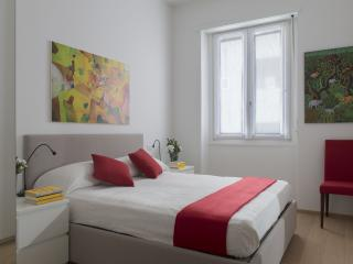 Cozy apartment by Via Spiga (CAV), Milan
