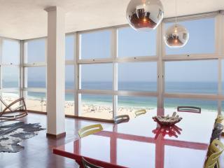W95 - Ocean View Penthouse in Copacabana, Rio de Janeiro