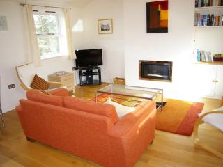 Delightful modern apartment with lovely views, Hay-on-Wye