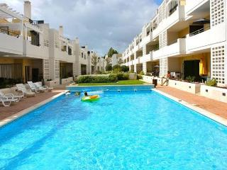 Jove Black Apartment, Cabanas Tavira, Algarve