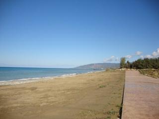 Exclusive Luxury Villa 1 Sandy Beach Villas - Heated Pool & Jacuzzi - Games Room