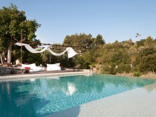 Dimora Casanoja-Relax e Privacy in Masseria Puglia