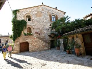 TavernHouse Appartamento SI Son Rose, Assisi