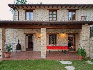 Self Catering in Molazzana House ' I Torchi'
