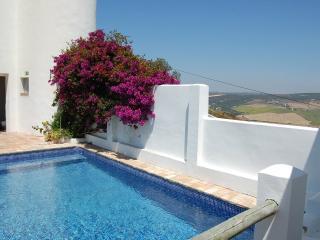 Alojamiento rural con piscina, jardín y  vistas, Vejer de la Frontera