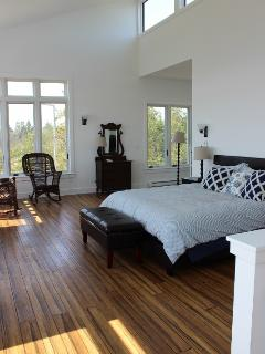 Upstairs Mastersuite