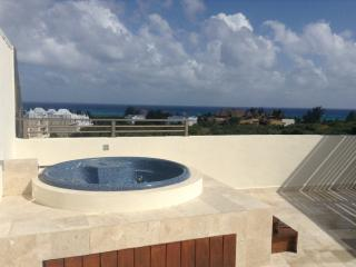 L@@K! $Priceless$ OceanViews Luxury Penthouse, Playa del Carmen