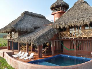 Rio Nexpa, Luxury beach castle on world-class surf