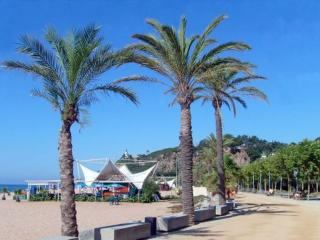 Calella BCN Nuev apartment 50m from the beach, 4 p