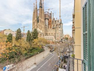 Lucky Sagrada Familia · 4 Bedrooms Great Views!, Barcelone