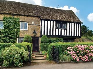 Tudor End, Adderbury