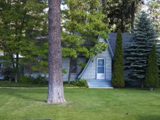 Tamarack House - 3 bedrooms, one bath, patio with BBQ, nestled among our RV Park