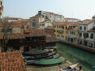 Gondola View | Rent Villas in Italy, Venezia