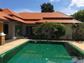 3 Bedroom Villa in Phuket/Rent, Cherngtalay