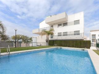 COMPLIT - Property for 6 people in MIRAMAR, Playa Piles
