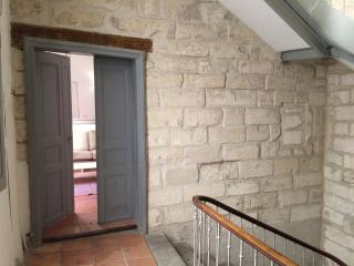 Luxury Appartment 1 min. from the Palais des papes, Avignon