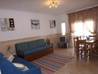 2 bedroom apartment  w/pool, tennis, beach nearby - Albufeira