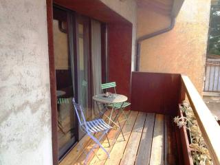 Holiday Home - Parking-Garden-Views-Wifi, Ossuccio