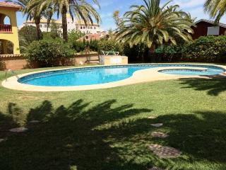 Casa Christa,  (Las Rotas, Zone Tropicana), Denia