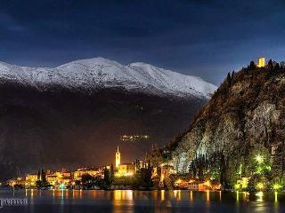 VARENNA night is  beautiful
