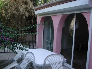 3 ROOMS IDEAL FAMILY in ground floor with terrace BEACH by the SEASIDE