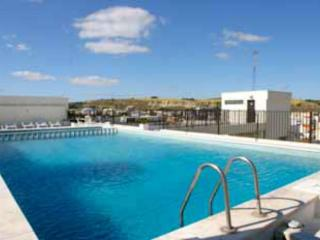 Aroma Mar Caparica House with pool in front of sea