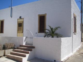Casa indipendente con giardino, Marsala