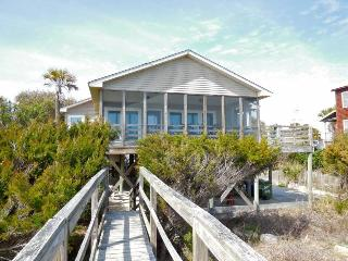 Back Home - Folly Beach, SC - 3 Beds BATHS: 2 Full