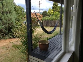 Rainbow's End, classic bach Taupo NZ