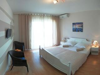 Room with sea view, Breakfast, free Gym and Wi-Fi, Pag