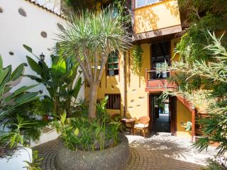 Lovely Canarian hotel in mountain village, Los Realejos