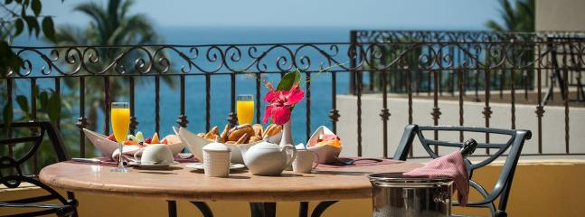 Dine at the wonderful oceanfront cafes