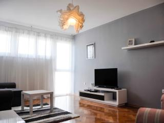 Excellent location in old town for 5 people, Zadar