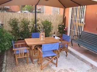 New restored flat with garden in Rome, Monteverde