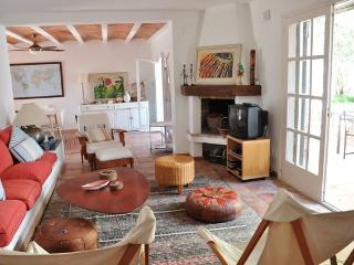 Charming and cozy Villa 40m to the sandy beach, Cambrils