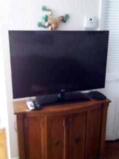 New 42' TV