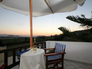 Spacious, Self-catering, Family Friendly Villa, Cidade de Naxos