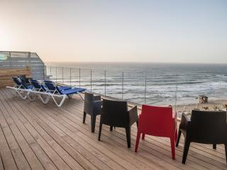 luxory penthouse on the beach in bat yam, Bat Yam
