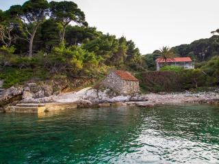 Villa Kolocep 2 - 20 m from sandy beach