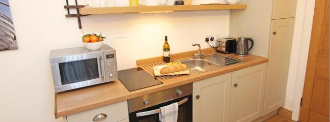 1 Bamburgh Gate, fully equipped kitchen