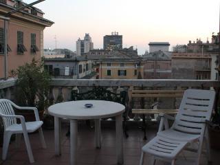 Attico In Centro, Gênes