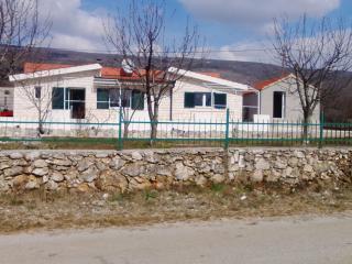 Villa Iva, Sinj