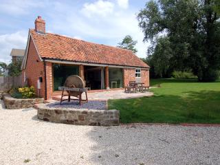 H33 - Bramble Barn, Motcombe