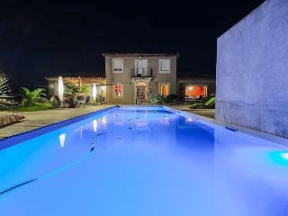 Villa in St-Cyr-sur-Mer, Toulon region, Saint-Cyr-sur-Mer