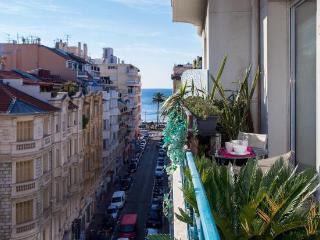 Design, Balcon, Standing, Vue mer, Carre d'Or , 50 metres de la plage