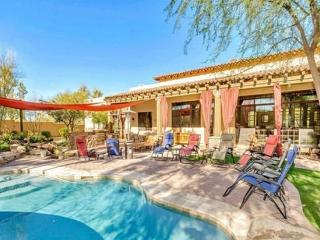 Spectacular Estate with Pool, Bar, Theatre GOLF Sleeps 30, Cave Creek