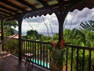 Nouveau-Villa de charme, piscine, jardin exotique, Deshaies