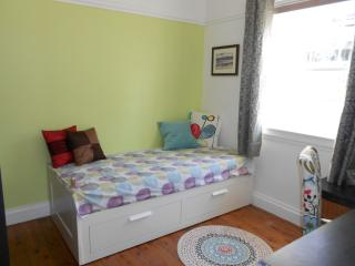 Room 3 (single bed convertible into queen size double)