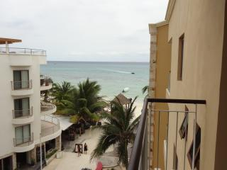Condo EL FARO - 1 bedroom, 2 bathroom, Playa del Carmen